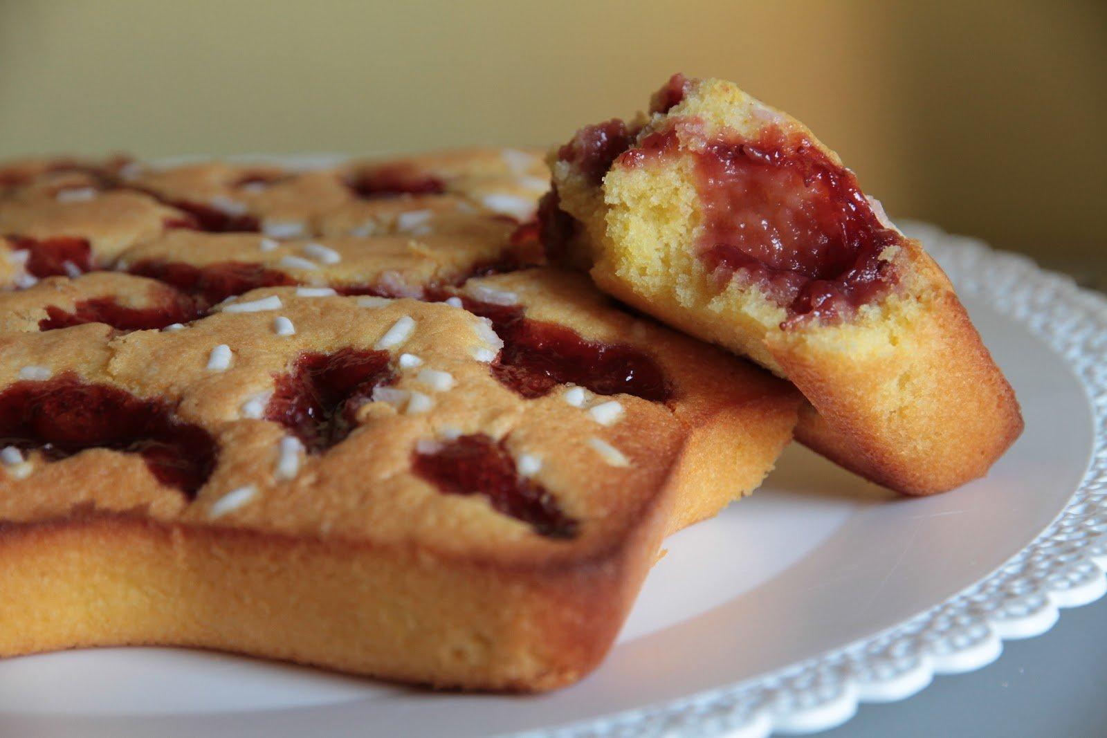 torta morbida con marmellata senza glutine